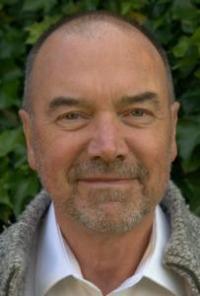 Andrew Whiten's picture